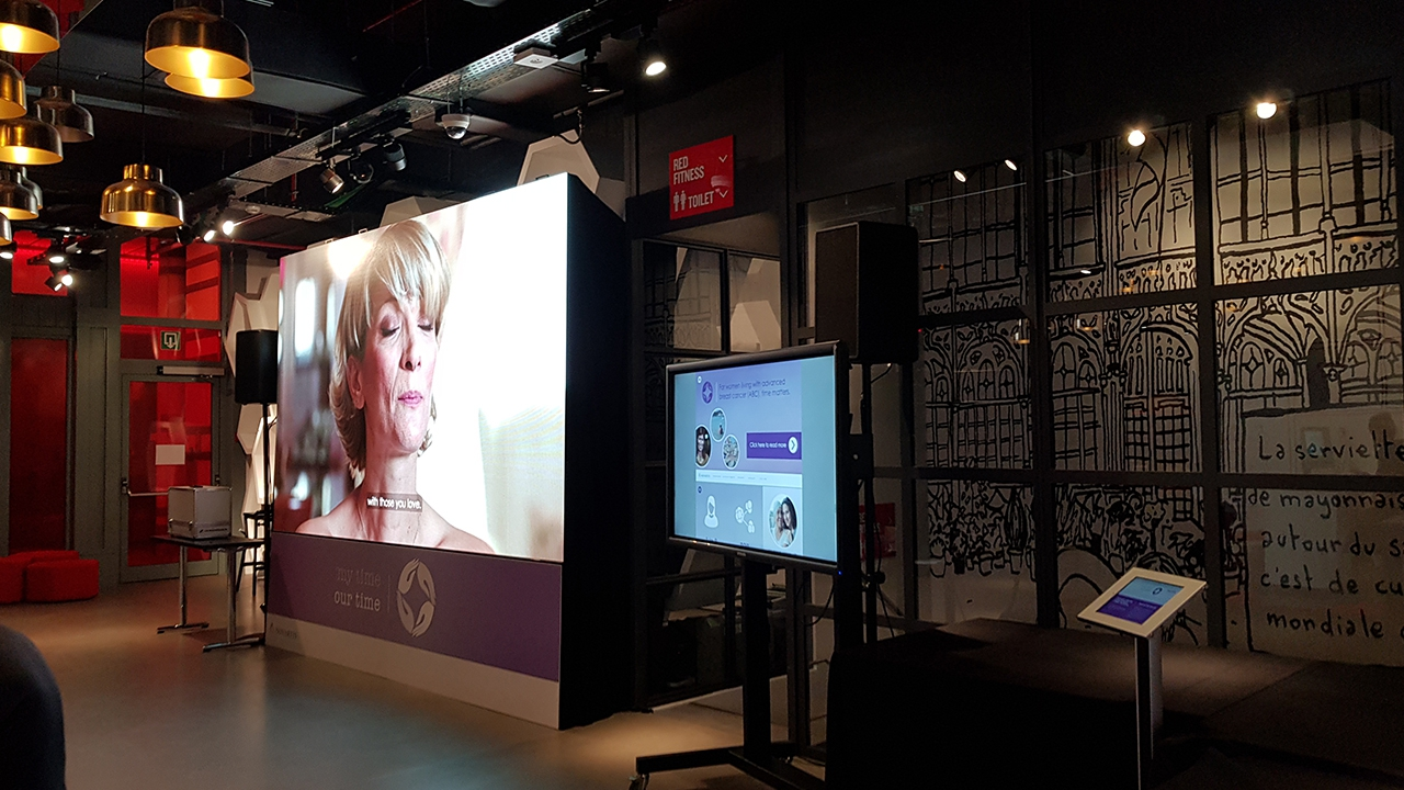 Led scherm 3,47P & Touch screen @ Hotel Brussel